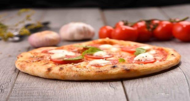 البهارات الإيطالية - طريقة عمل بيتزا مارجريتا