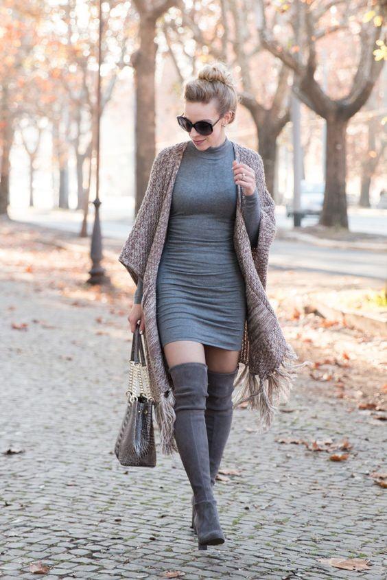 أفكار لتنسيق اللون الرمادي في الملابس - فستان رمادي وكارديجان بيج