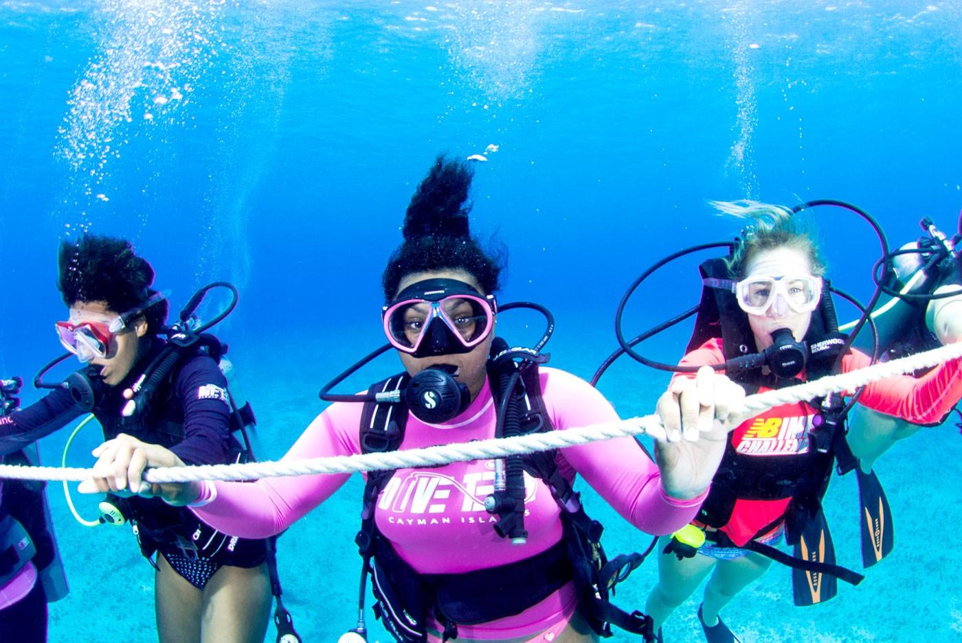 تمارين ممنوعة للحامل - الغوص تحت الماء