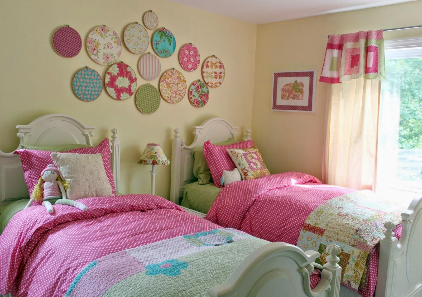 ألوان دهانات مناسبة لغرف أطفال بنات-غرفة بنات صفراء