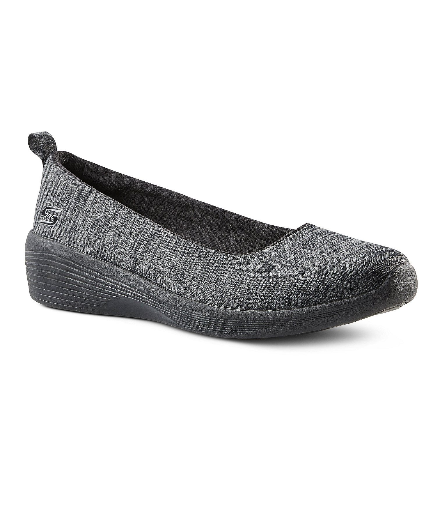 أنواع الأحذية النسائية-حذاء رمادي