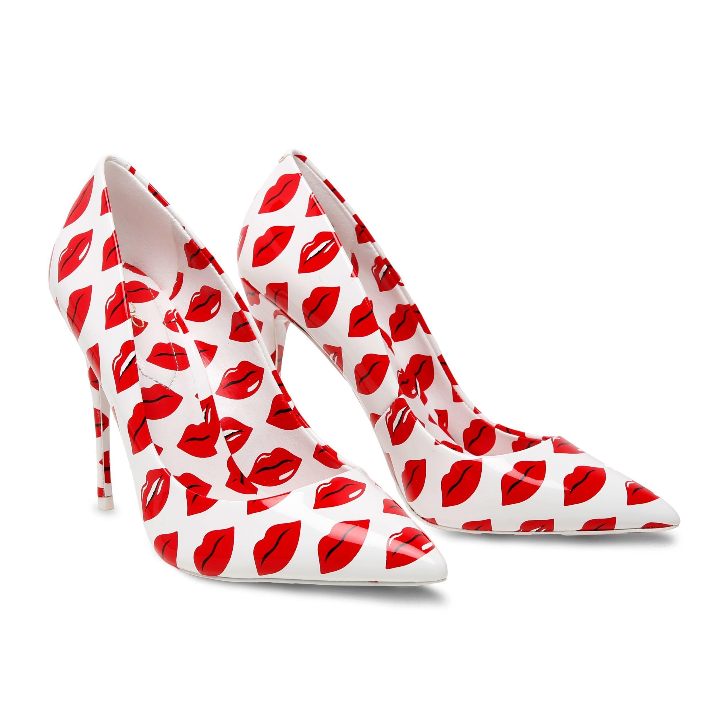 إطلالات عيد الحب-حذاء لعيد الحب