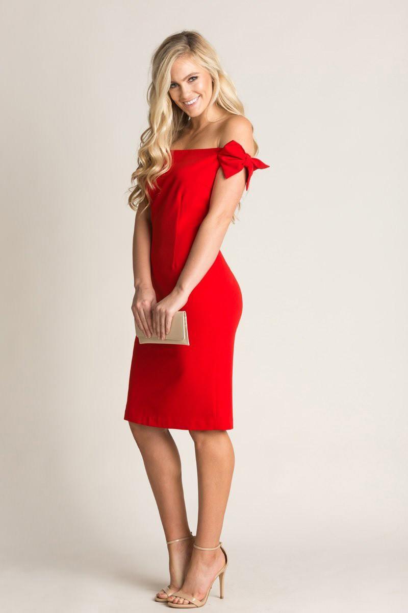 إطلالات عيد الحب - فستان لعيد الحب