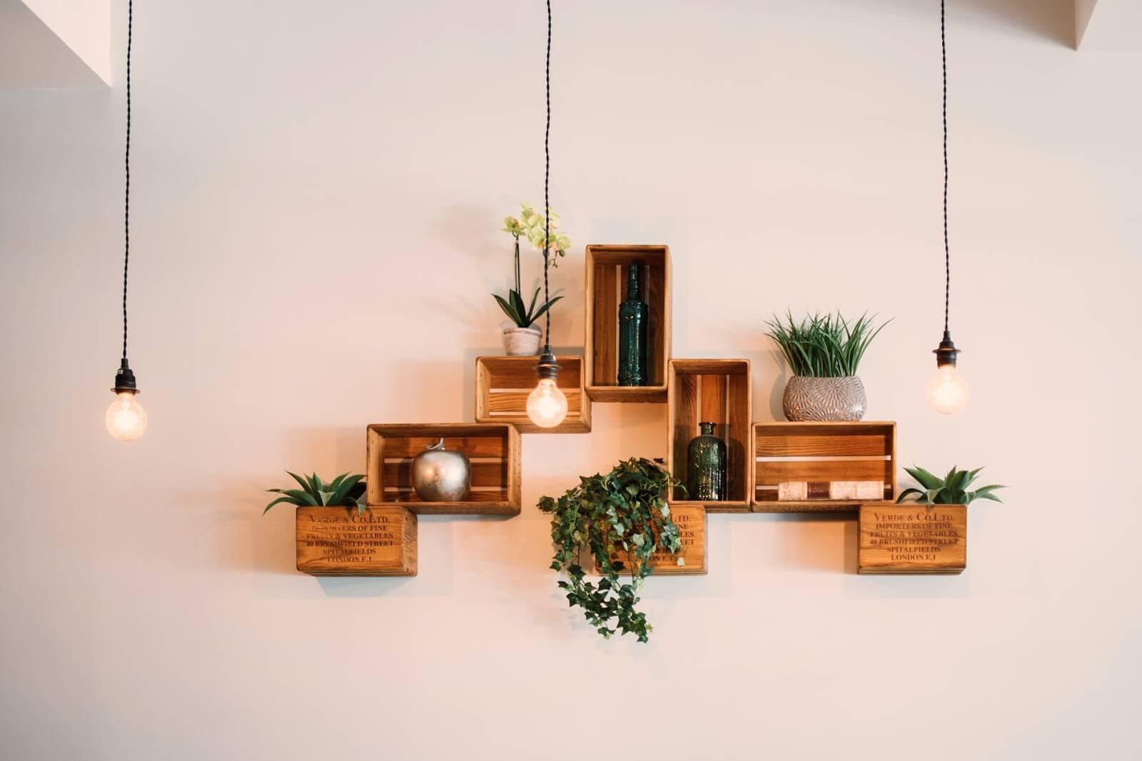 طريقة ترتيب الرفوف على الجدران-الرفوف المتداخلة