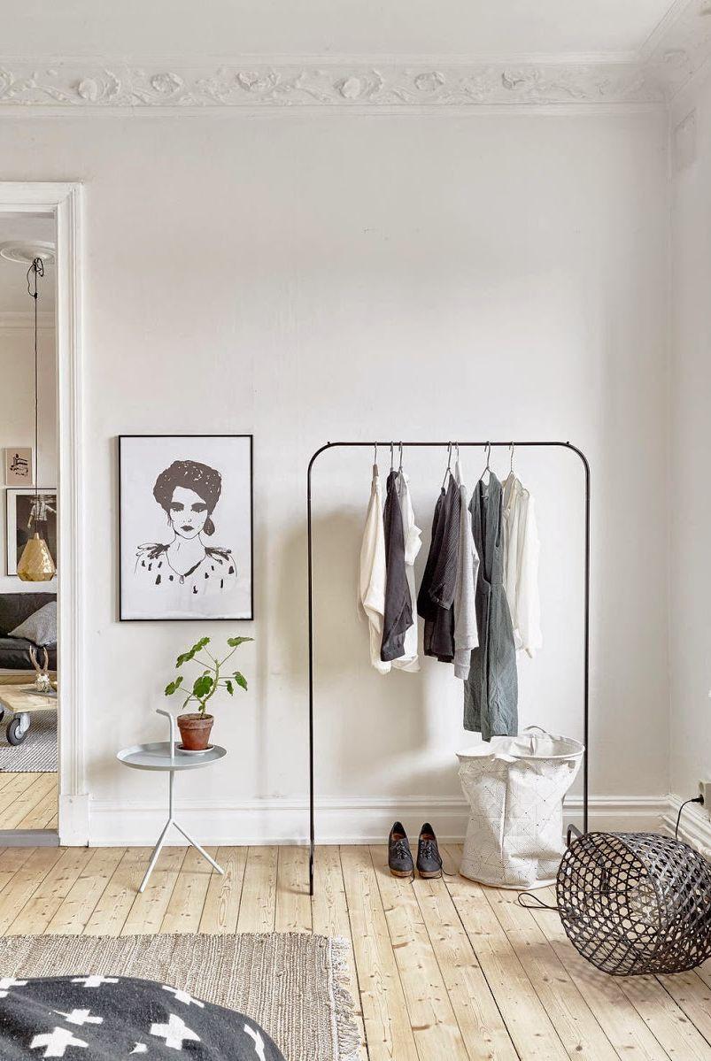 أفكار بسيطة لتزيين زوايا المنزل بالصور - تخزين الملابس الإضافية