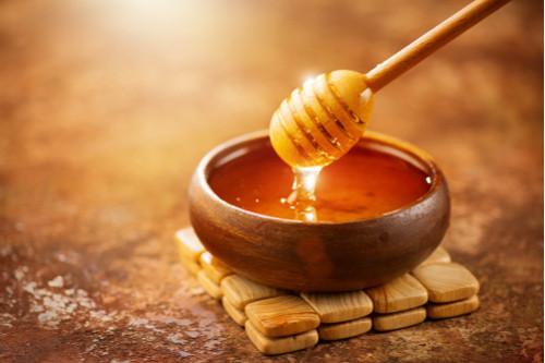 أكلات تحمّي الطلق - عسل النحل