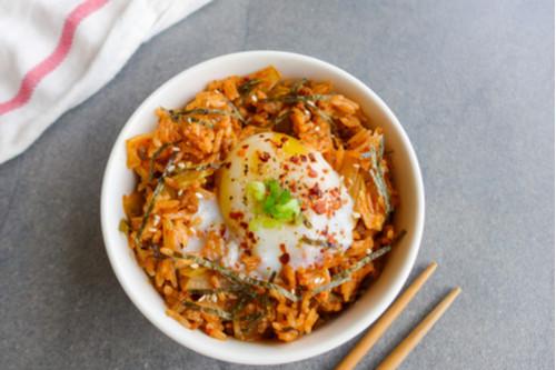 وصفات بيض للغداء - طريقة عمل الكشري الإسكندراني بالبيض