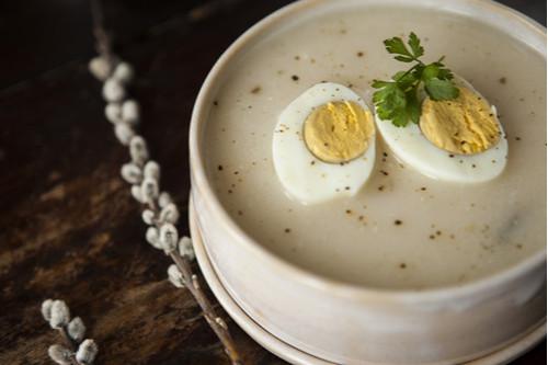 وصفات بيض للغداء - طريقة عمل شوربة البطاطس بالبيض