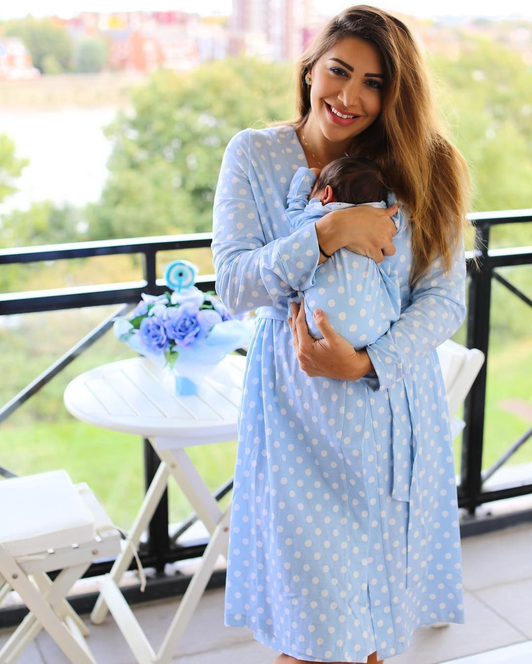 ملابس النفاس بالصور - روب استقبال ولادة