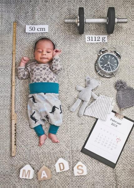 أفكار لتصوير الأطفال الرضع في المنزل - تفاصيل الولادة
