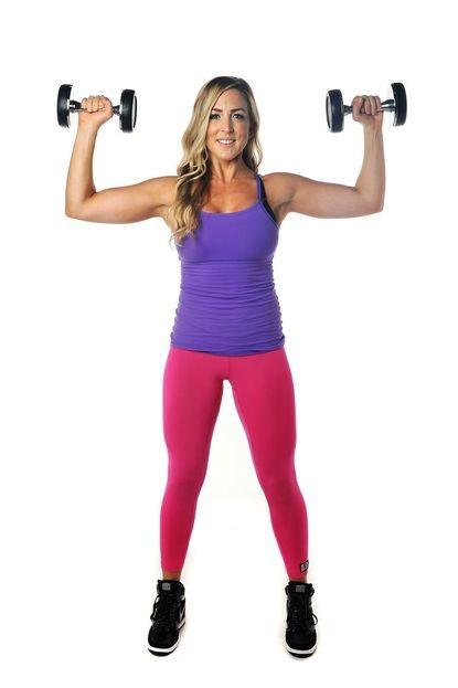 تمارين لتكبير الصدر - تمرين ضغط الصدر الأفقي لتكبير الصدر