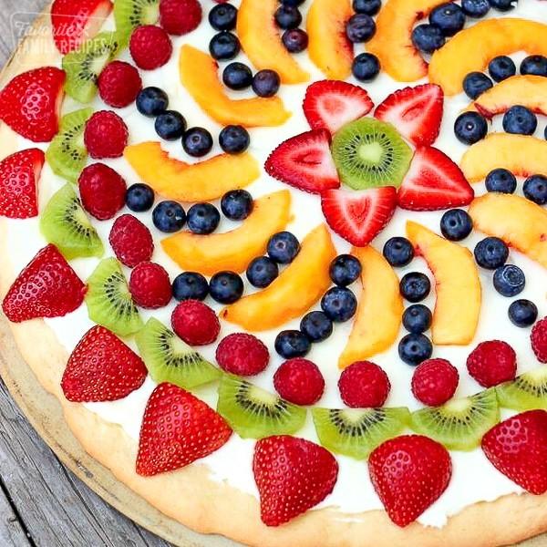 تزيين الفواكه للضيوف - بيتزا الفواكه