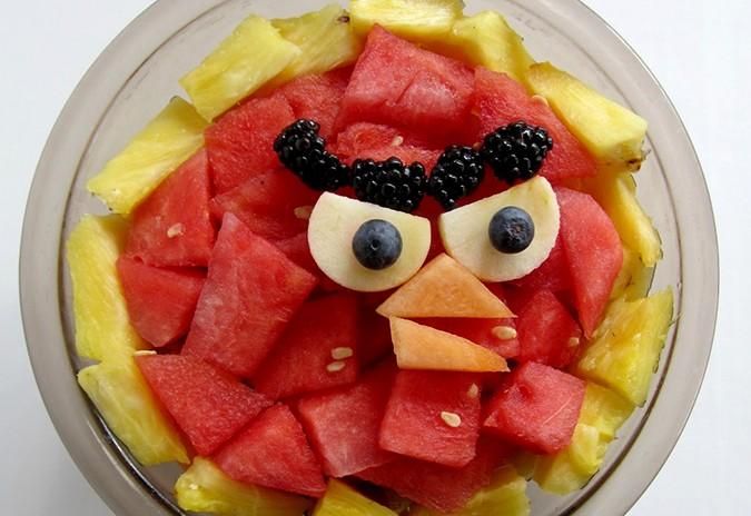 تزيين الفواكه للضيوف - الوجوه الضاحكة