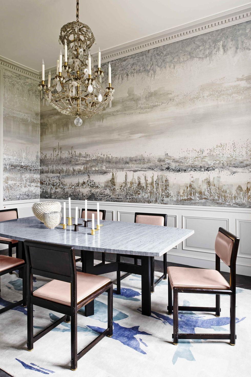 ديكور غرف سفرة - غرفة سفرة بطابع خاص مع جدارية