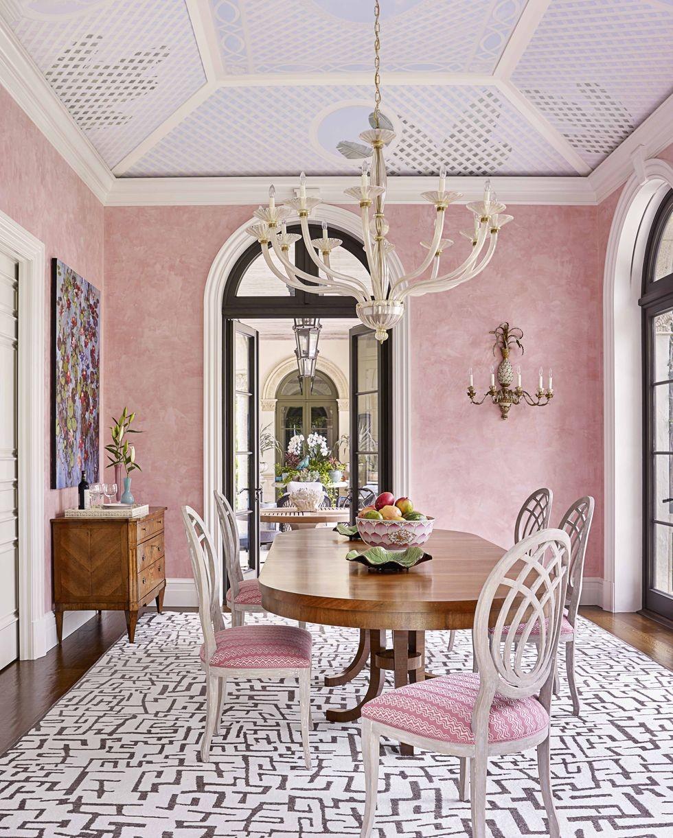 ديكور غرف سفرة - غرفة سفرة وردية