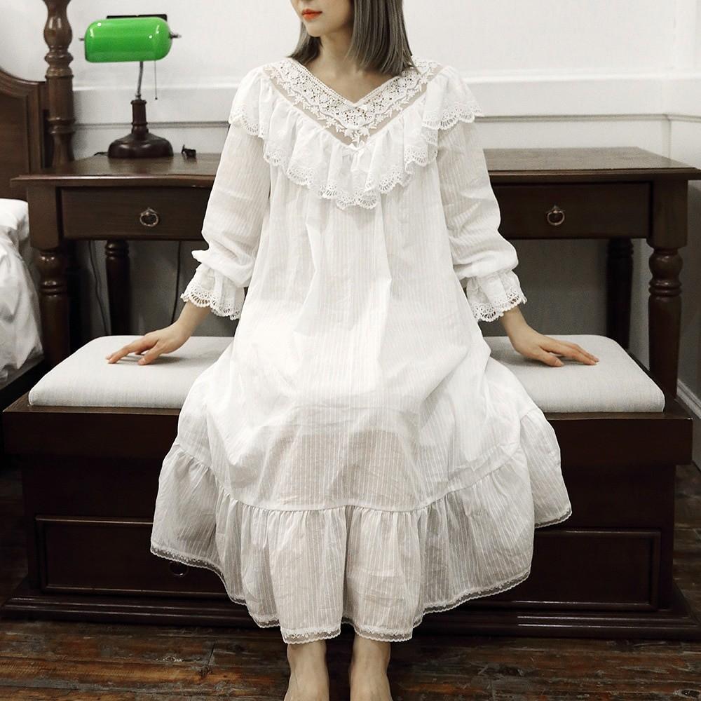 أفضل قميص نوم للمتزوجات - ثوب النوم الفيكتوري