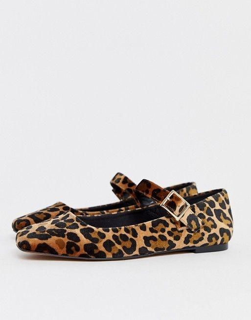 اشكال احذية 2020 للبنات المراهقات - حذاء الباليرينا بنقشة التايجر