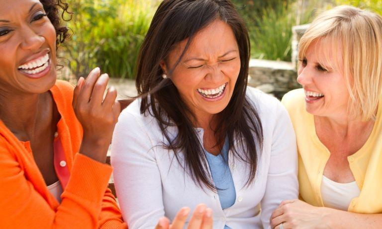 العاب عائلية جماعية في المنزل - لعبة امنع الضحك