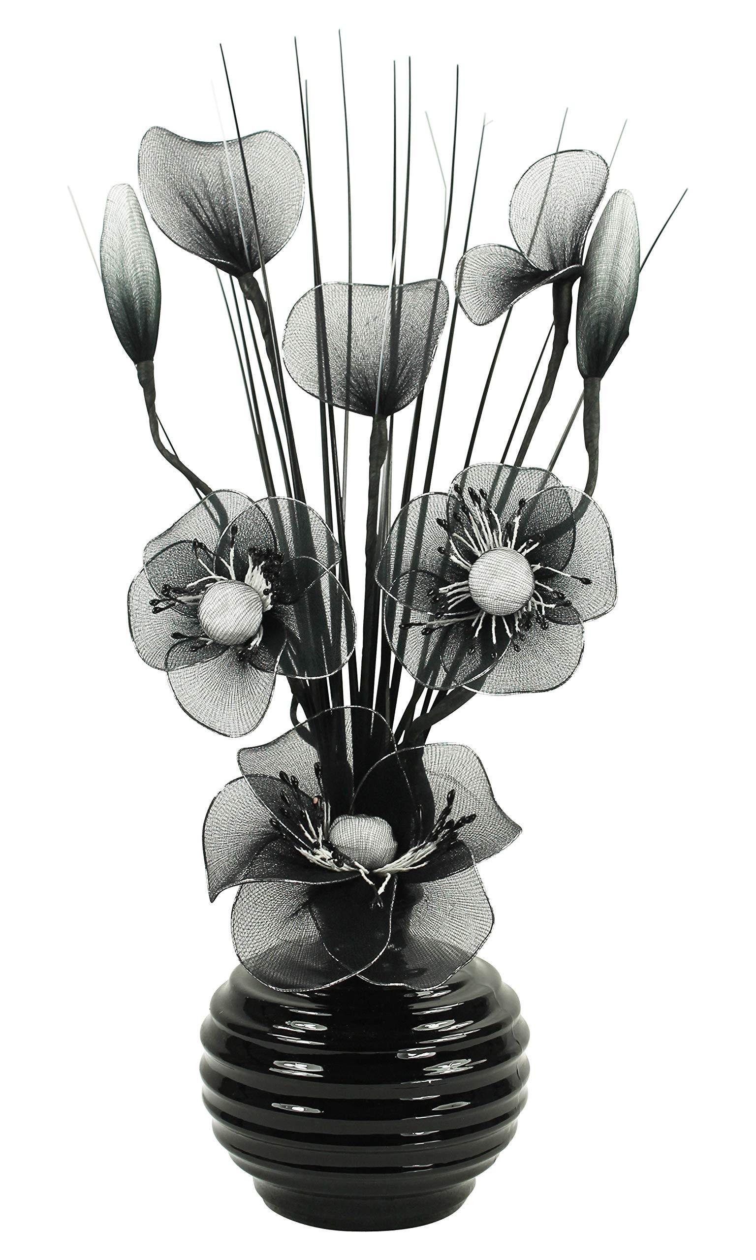 اشكال مزهريات ورد صناعي - زهور صناعية بالأبيض والأسود