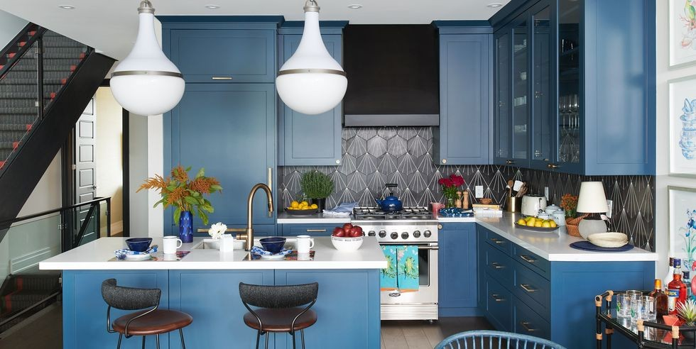 بالصور ديكورات للمطبخ باللون الازرق - خزانات المطبخ باللون الأزرق البترولي