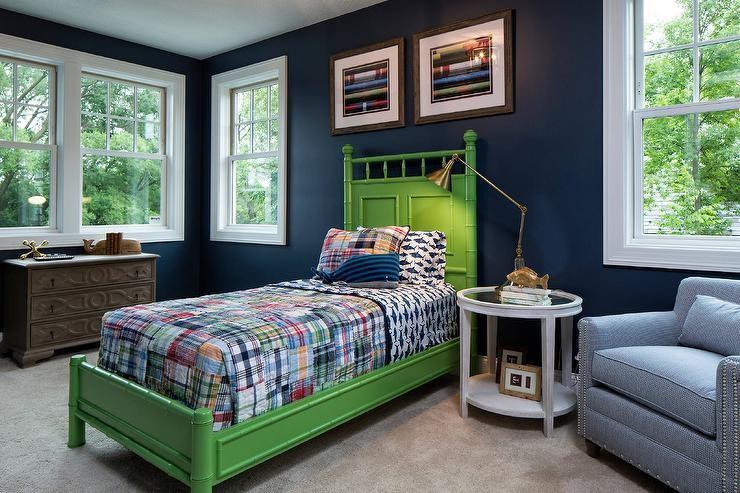 ديكور غرف نوم أطفال جزائرية- السرير باللون الأخضر
