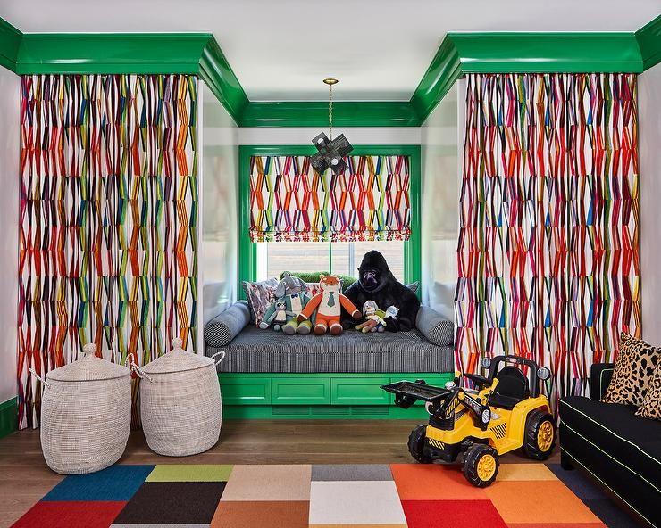 بالصور ديكورات لغرف نوم أطفال أولاد باللون الاخضر- ستائر التاج الملونة