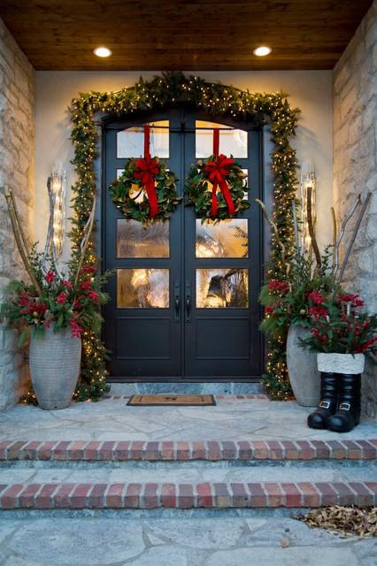 إنارة سور المنزل - الإضاءة المتسلسلة مع النباتات