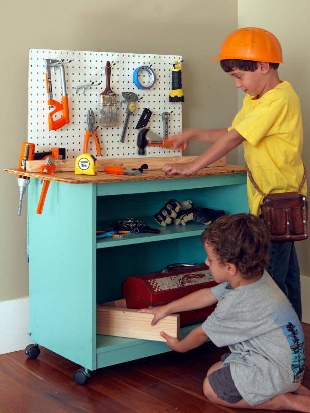 غرفة ألعاب أطفال - ورشة صغيرة