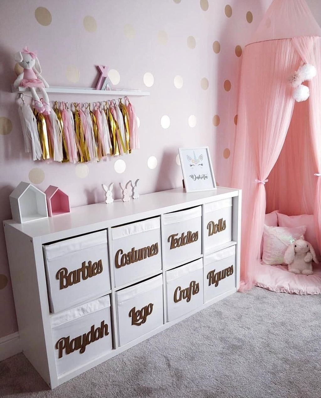 غرفة ألعاب أطفال - غرفة ألعاب باربي