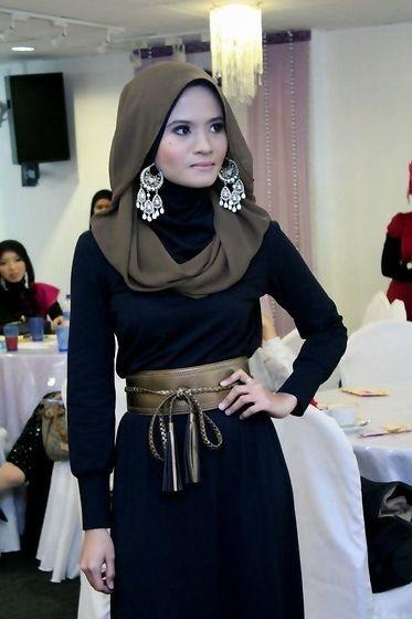 ملابس للسهرة - لفة الحجاب الواسعة