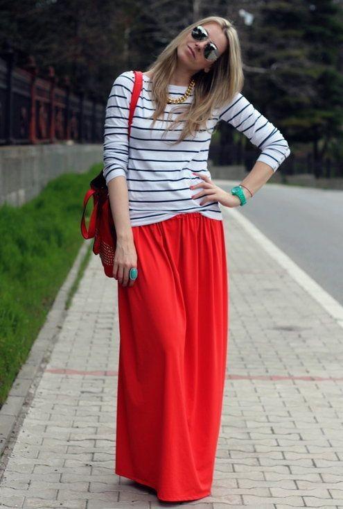 طرق لبس الجاكيت الجينز مع الجونلة - الجيبة الحمراء
