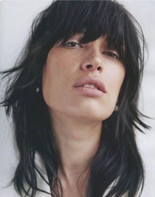 أنواع قصات الشعر وأسماؤها للنساء - الوجه المربع