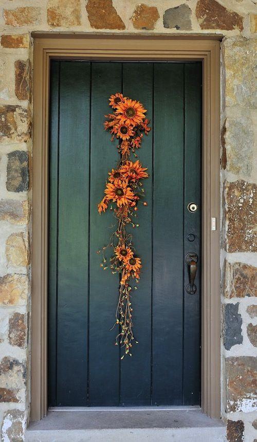 ديكور باب الشقة من الخارج - زهور