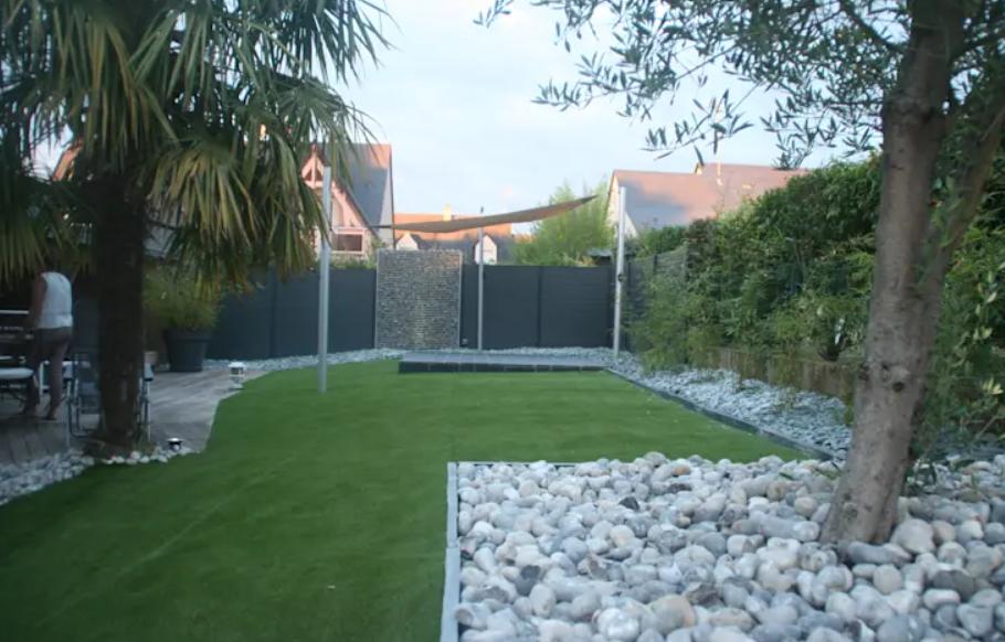 تصميم حديقة المنزل - الحجارة الكبيرة