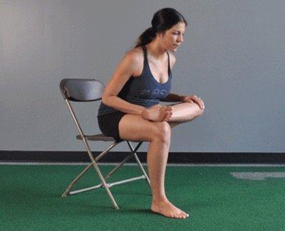التهاب العصب الوركي-تمرين الجلوس مع تمدد الأرداف