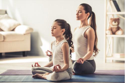 أشياء مفيدة للبنات المراهقات - أنشطة الأم مع ابنتها