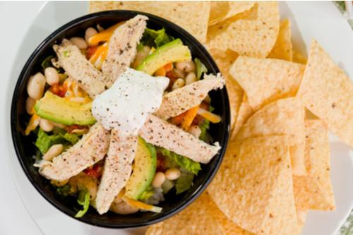سلطات سهلة و لذيذة للعشاء - طريقة عمل سلطة الدجاج المكسيكية