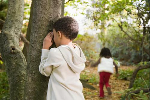 ألعاب تنمية المهارات العقلية للأطفال - اختبئ وابحث