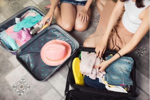الطريقة الصحيحة لترتيب شنطة السفر - ترتيب شنطة السفر للأطفال