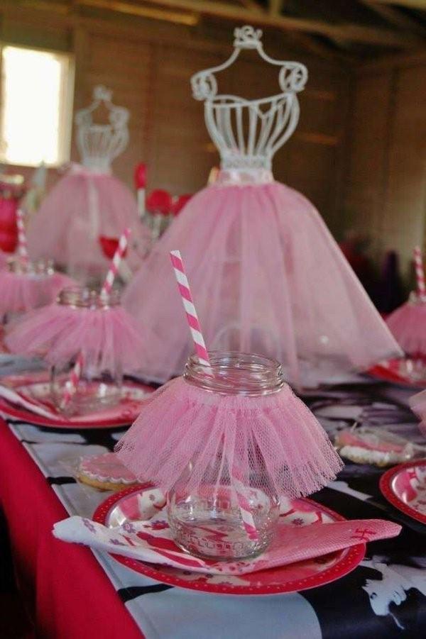 تزيين طاولة عيد ميلاد أطفال ـ تزيين طاولة عيد ميلاد للبنات