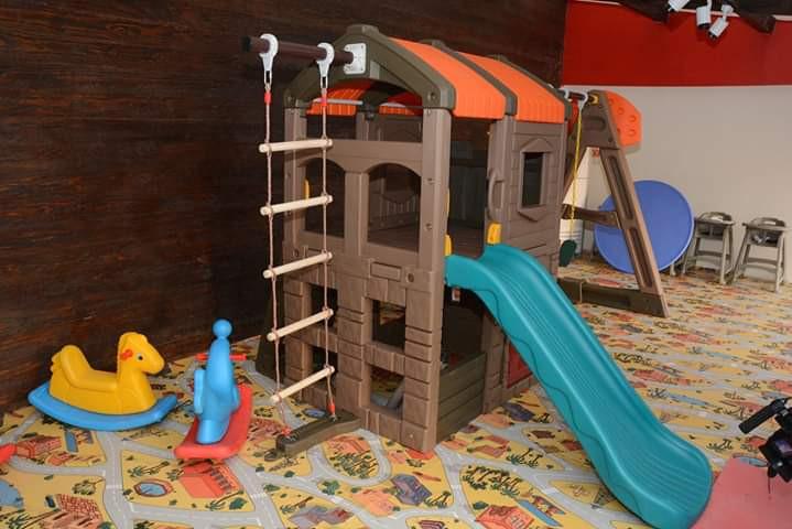 مطاعم فيها ألعاب أطفال ـ مطعم اتلانتس
