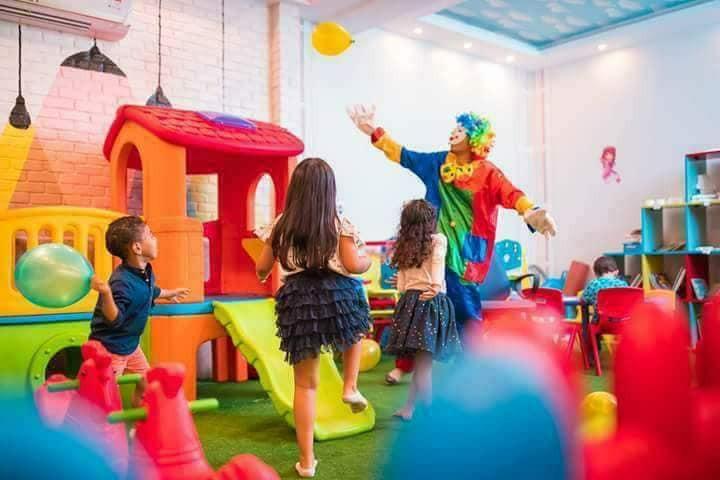 مطاعم فيها ألعاب أطفال ـ مطعم le cafe