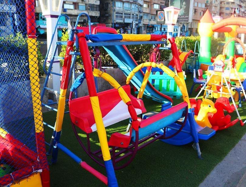مطاعم فيها ألعاب أطفال ـ لونا كافيه