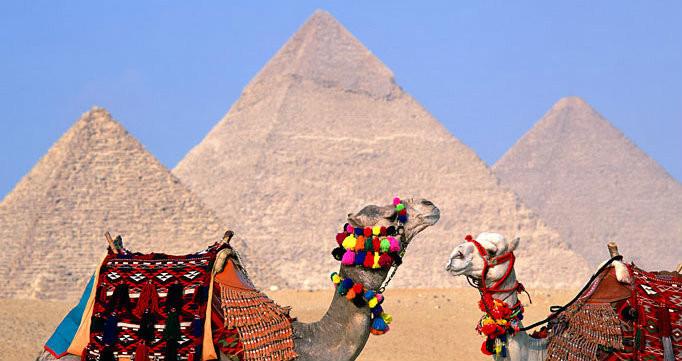 أماكن سياحية عائلية في القاهرة - أهرامات الجيزة