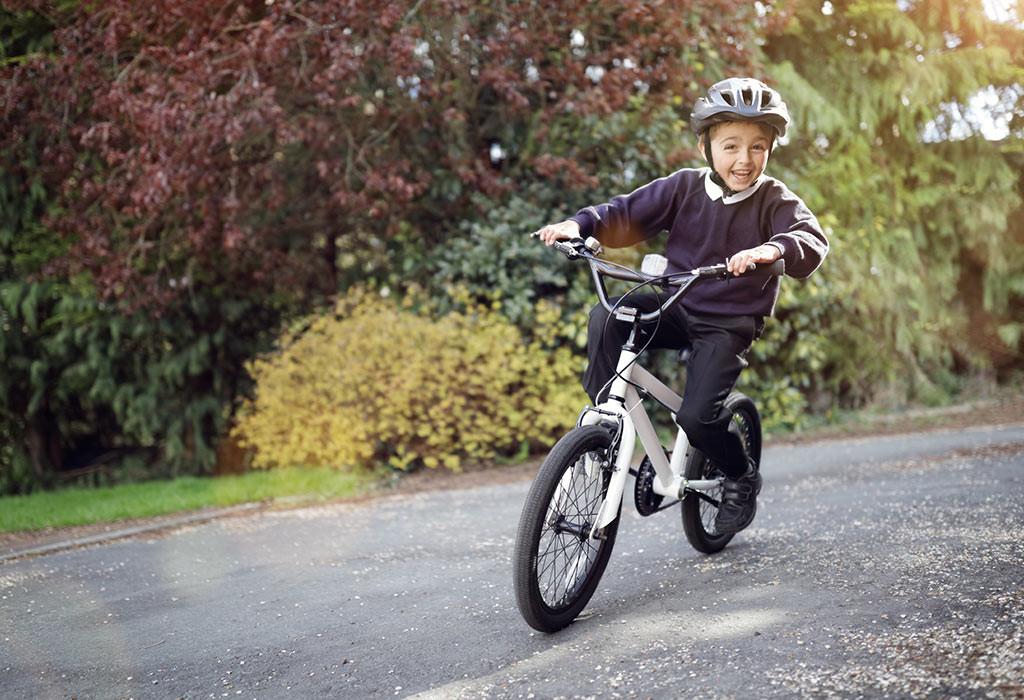 تمارين للأطفال 10 سنوات - تمرين ركوب الدراجات