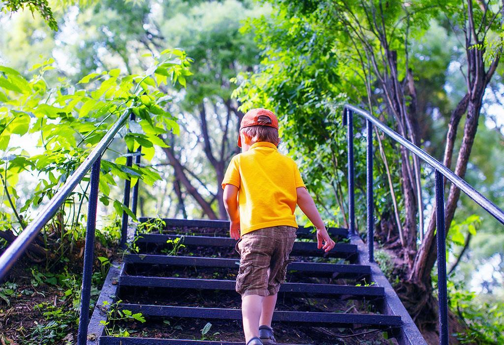 تمارين للأطفال 10 سنوات - تمرين صعود ونزول السلم