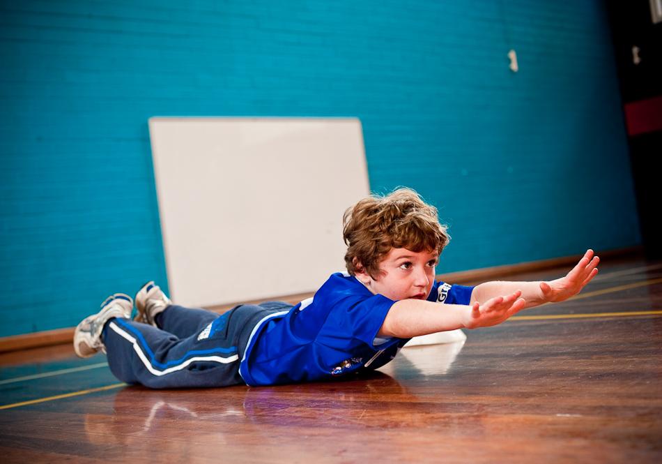 تمارين للأطفال 10 سنوات - تمرين سوبرمان