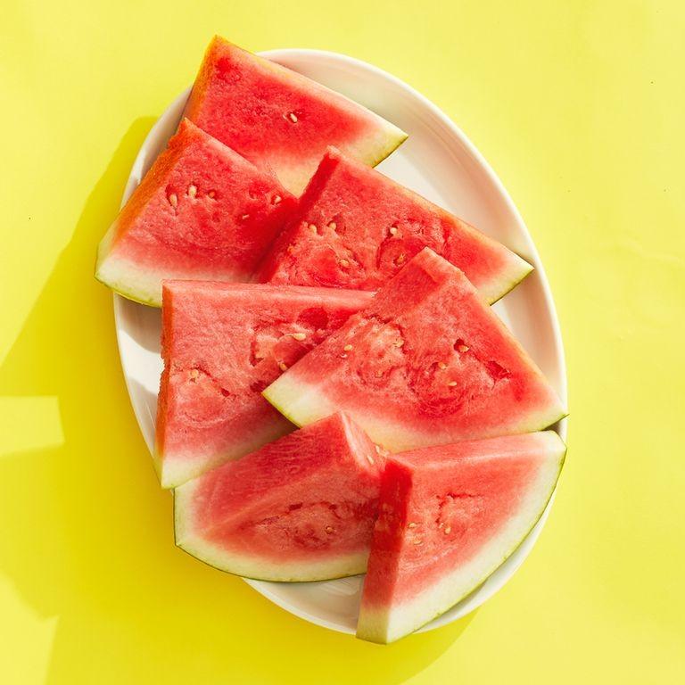 طرق تقطيع البطيخ - طريقة تقطيع البطيخ لمثلثات 3