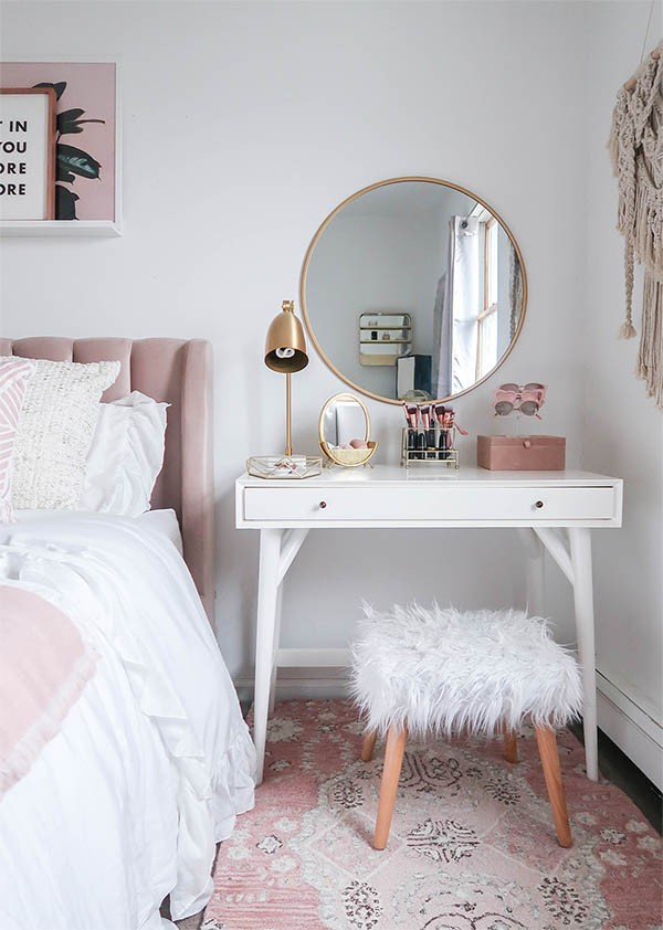 تسريحة غرفة النوم - التسريحة الصغيرة