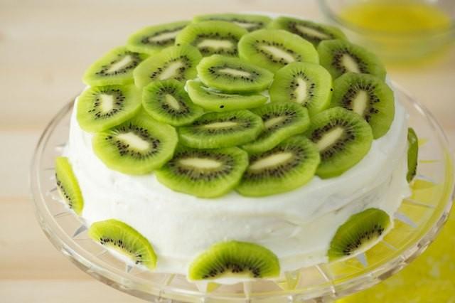 تزيين الكيك بالفاكهة للمبتدئين - شرائح الكيوي